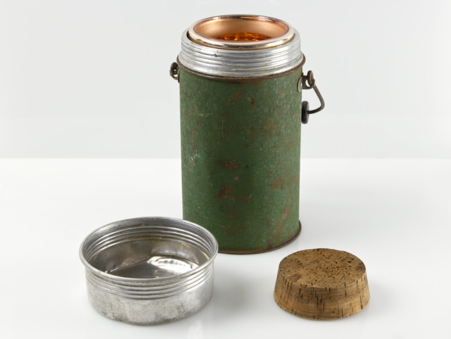 early-c1920-british-military-thermos-flask-01_03